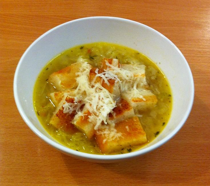 Kapustová polévka s parmazánem na italský způsob