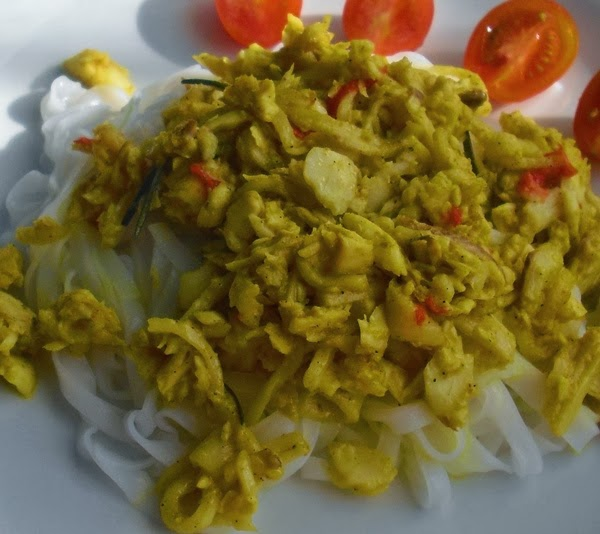 Rybí filé s rýžovými nudlemi