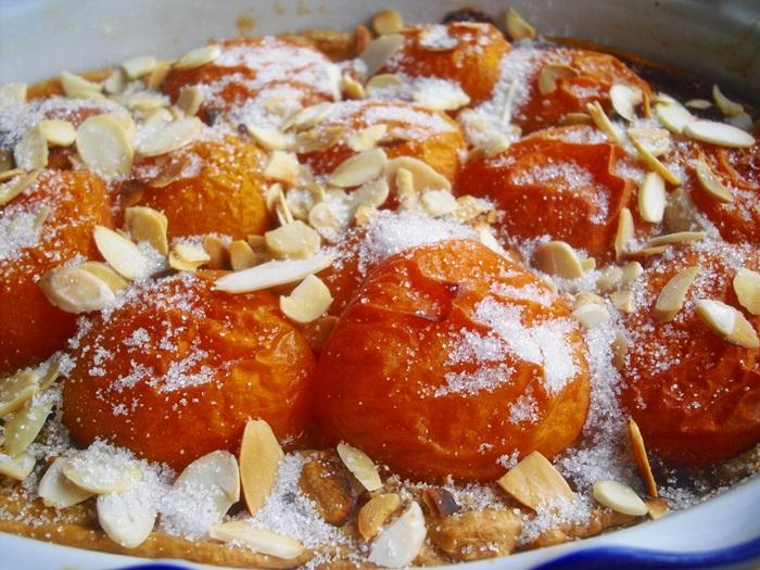 Nedělní meruňkový koláč